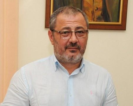 Анитимафиоти закопчаха шефа на Агенцията по храните в Бургас