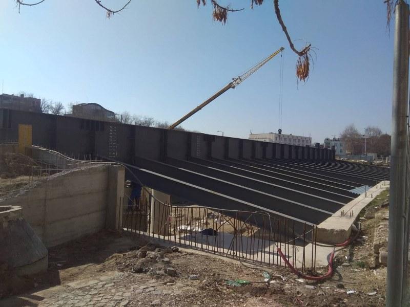 Община Пловдив завършва цялата зелена система върху покрива на Епископската базилика