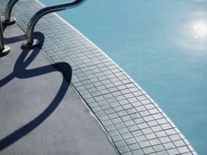 Дете загина в турски курорт! Било засмукано от помпа в басейн