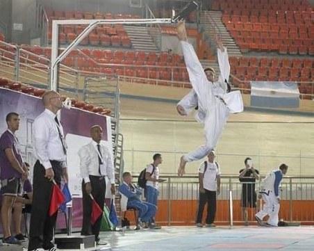 Български световен шампион по таекуон-до се цели в рекорд на Гинес