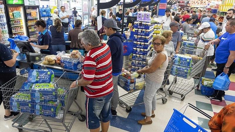 """Обявиха извънредно положение във Флорида заради урагана """"Дориан"""""""