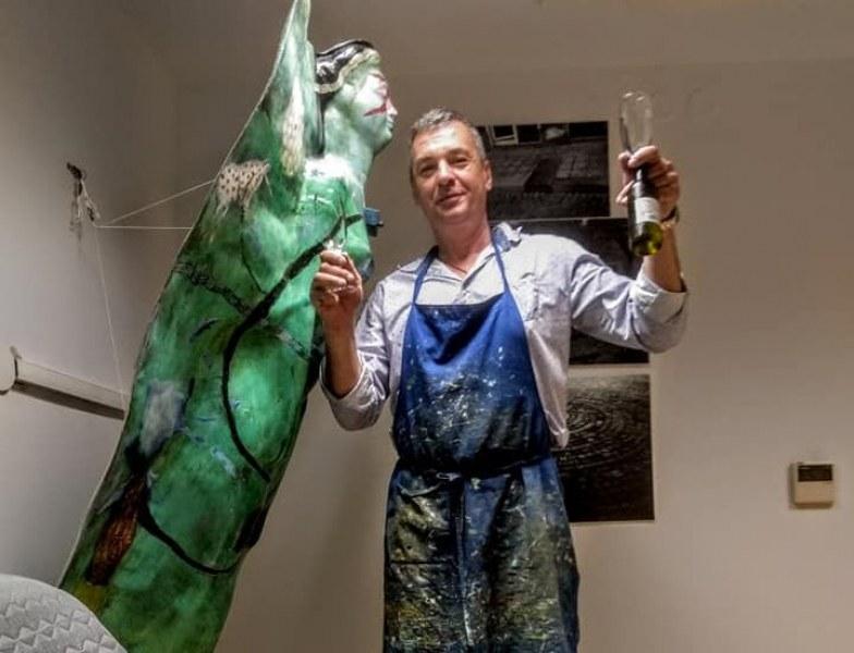 Атанас Хранов: Моето пристанище е изкуството! Мога да убия всеки предмет и да му вдъхна нов живот