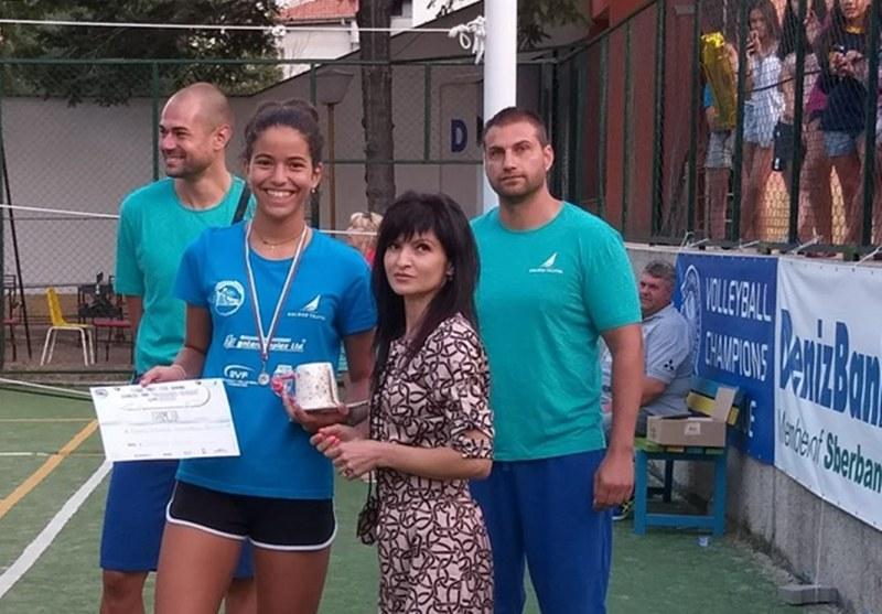 Марица с три индивидуални награди от турнира в Китен