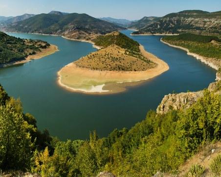 """Нов случай на Африканска чума в Родопите! Забраняват риболова на язовир """"Въча"""