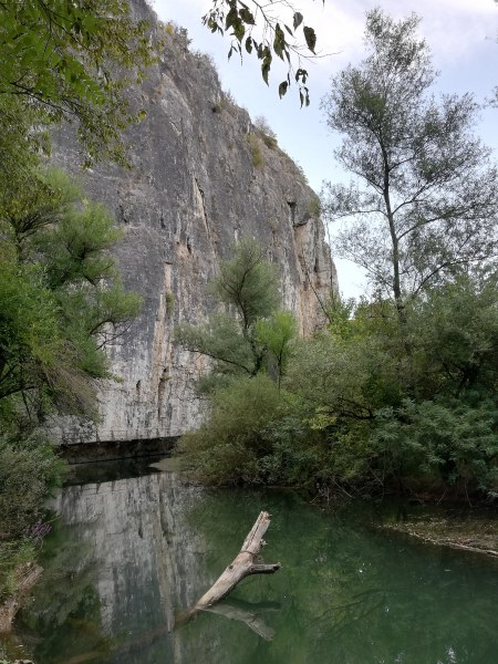 Екопътеката Искър-Панега е разходка в рая само на час от София