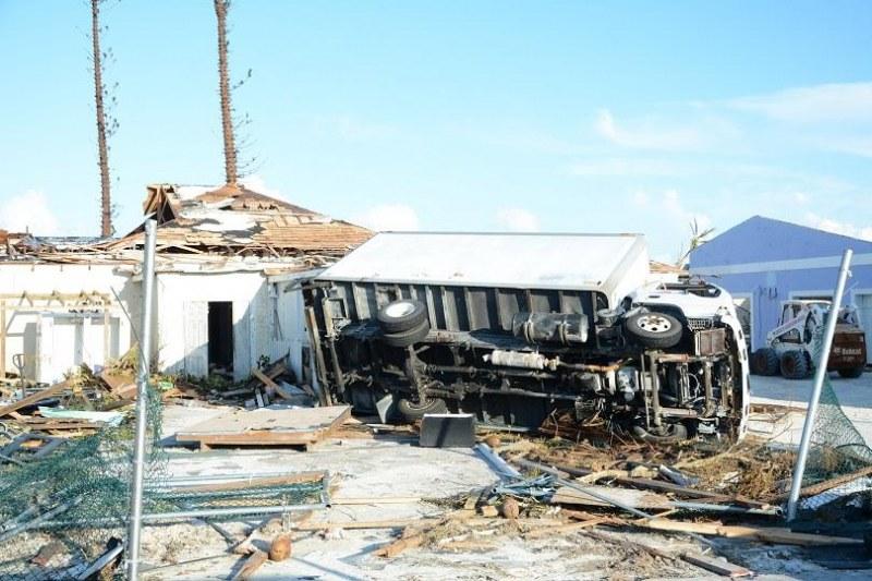 Дориан взе 43 жертви на Бахамските острови