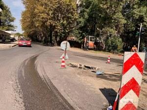 Дупка на пловдивски булевард зее на мястото, където пропадна автобус