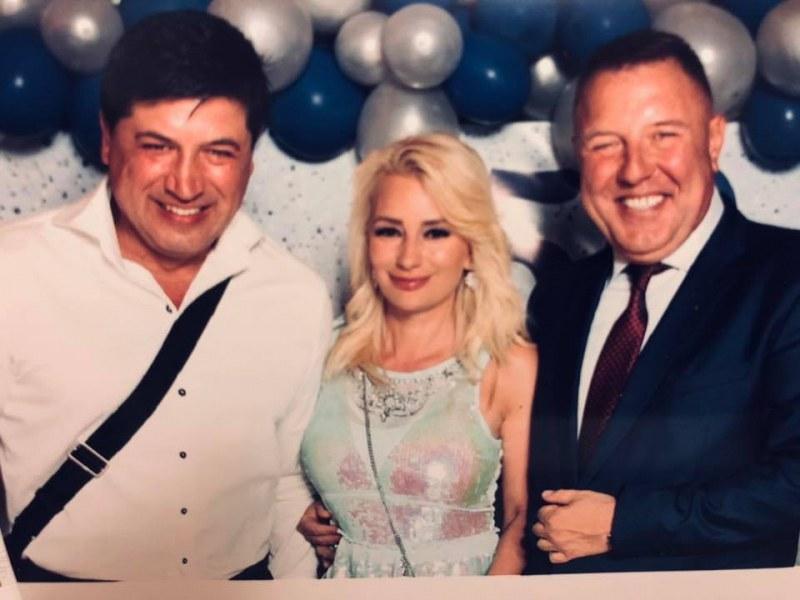 Галена пя на ухо на шефа на Трето РУ пред 250 гости за юбилея му в Пловдив