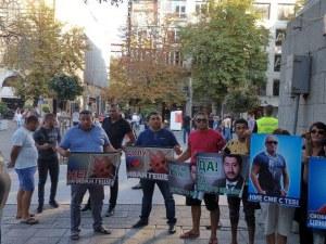 Лицата на протеста: От щерката на Митьо Очите и ромската свита на Ценко Чоков до Десислава Иванчева