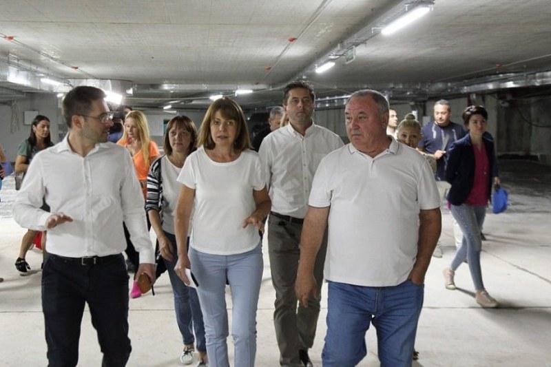 6 нови буферни паркинга за 1200 коли до метрото в София