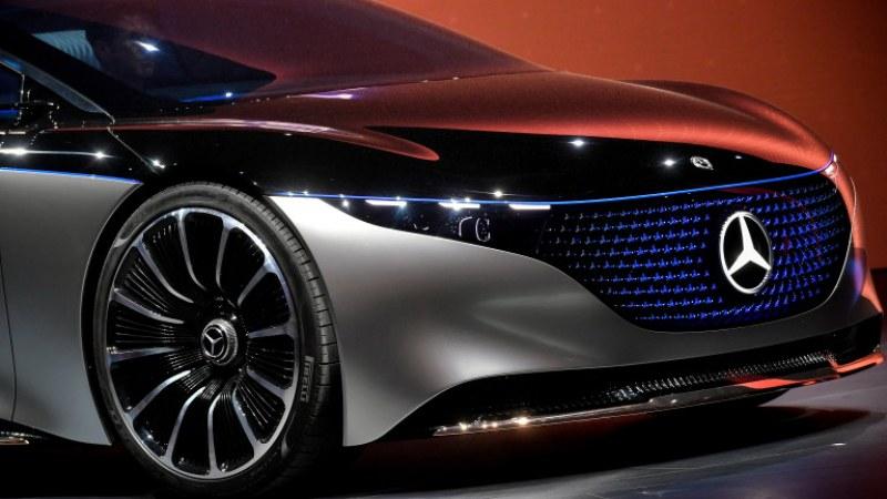 Мерцедес показаха електрическата S-класа на изложение в Германия