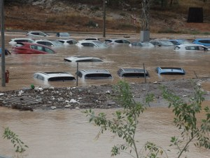 Наводненията в Испания взеха 4 жертви