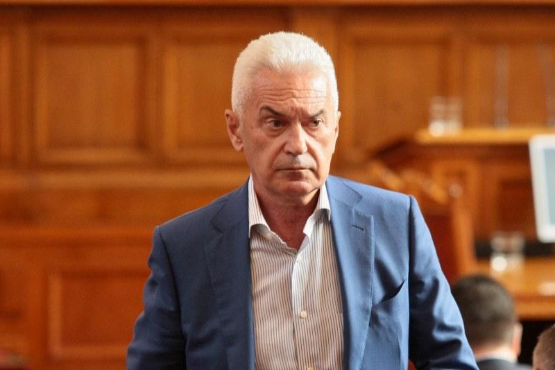 Волен се отказа от Фандъкова, ще й бъде конкурент на изборите