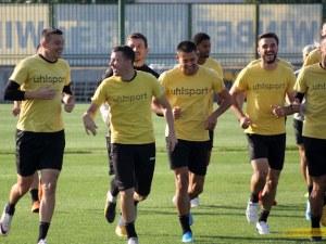 Ботев вдигна контузените за мача с ЦСКА - Неделев и Вутов в групата