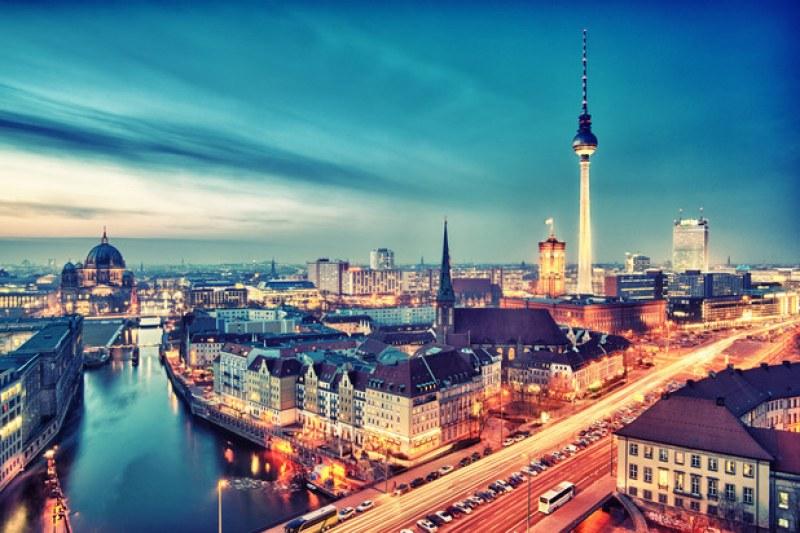 Готвят революция в Берлин - забраняват автомобили на бензин и дизел