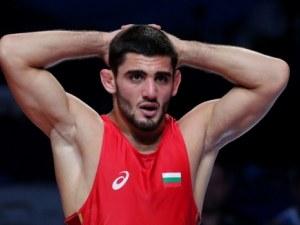България с медал от световното по борба