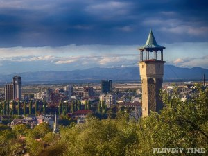 Два пъти седмично най-красивият часовник на Пловдив спира, за да тръгне отново