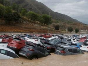 Шестима вече са загиналите при невижданите порои в Испания