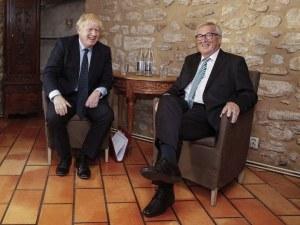 Юнкер и БоДжо хапнаха охлюви и сирена, но не се разбраха за Брекзит
