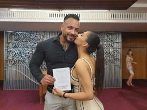 Кристиан Кирилов и Джулия сключиха граждански брак