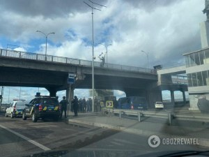 Мъж откри стрелба в Киев, плаши, че ще взриви мост