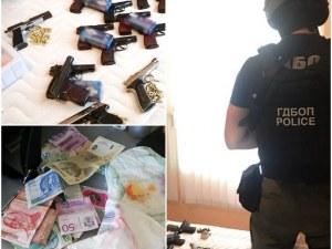 Оставиха в ареста британския тартор на бандата, пращала оръжие и дрога в Лондон