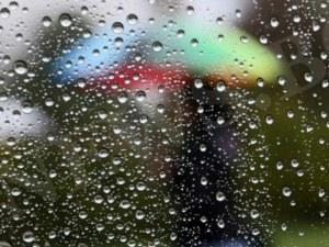 Студ, дъжд и гръмотевици гонят лятото, градусите рязко падат