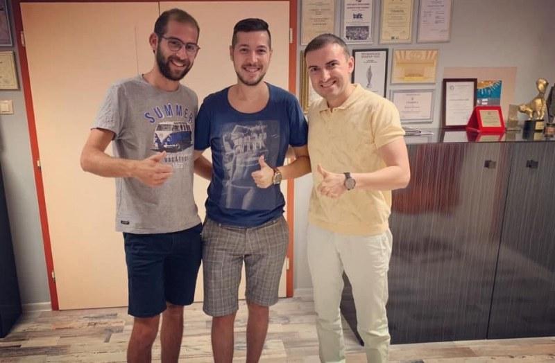 Ники от Пловдив пребори левкемията и се срещна със своя донор