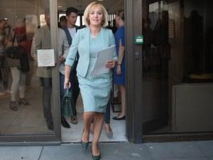 Грешка в ОИК направи Мая Манолова кандидат и за общински съветник