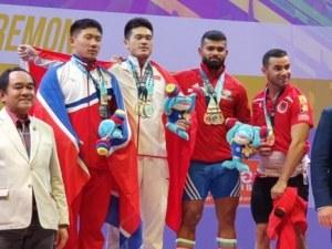 Българин с три медала от световното по щанги
