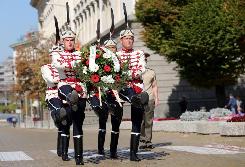 София и Велико Търново отбелязаха 111 години независима България