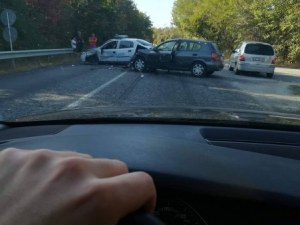 Двама униформени са пострадали при катастрофата край Велико Търново