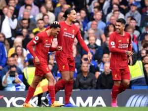 Ливърпул срази Челси за 15-а поредна победа в Англия
