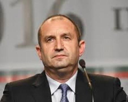 Радев зове българите в САЩ да участват в политическия живот у нас