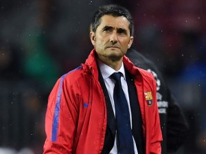Треньорът на Барса заложен на дузпата, тръгва си при нова издънка