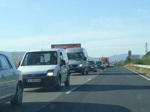 В последния почивен ден: Полицейска акция следи скоростта на шофьорите
