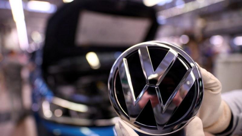 Експерт и зам.-министър: Фирма на VW в Турция не означава, че сделката е приключила