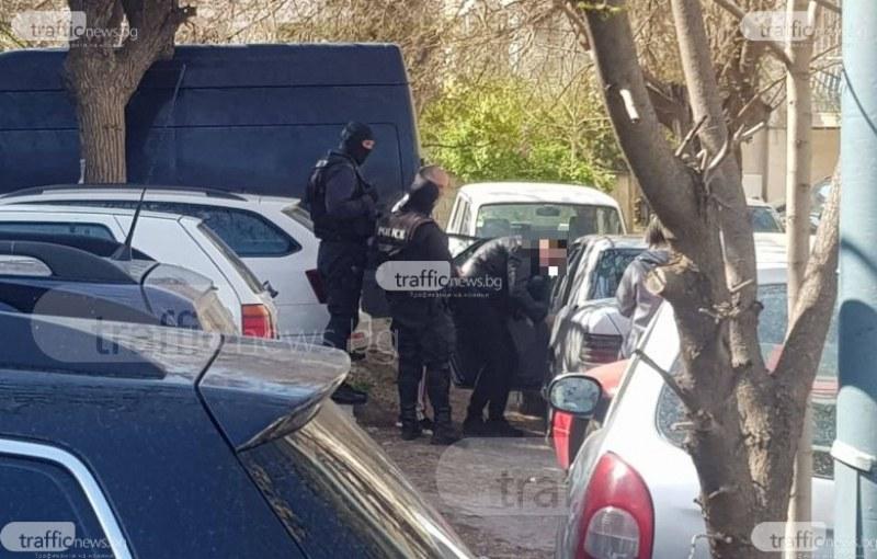 Шефката на ДАИ - Пловдив и още четирима служители са арестувани при акцията на ДАНС