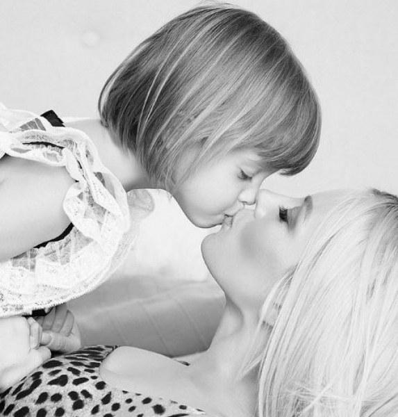 Дъщерята на Емилия - Мира стана на 3 годинки