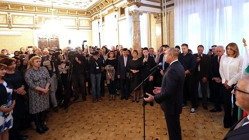 Радев във Виена: Поколения българи изграждат доброто име на общността ни в Австрия