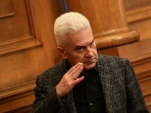 """БНТ иска Сидеров да се извини писмено, а той натиска ЦИК да го уреди в """"Панорама"""""""