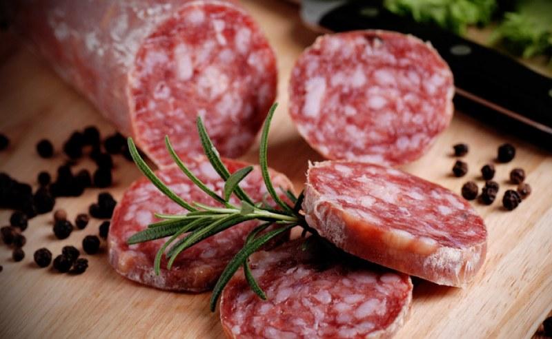 Двама починали, след като яли колбаси, заразени с листерия в Германия