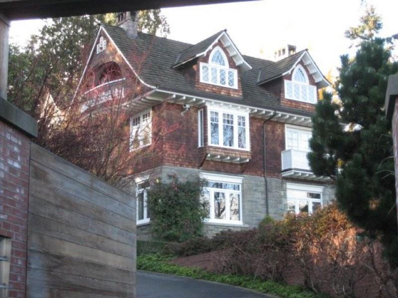 Продават къщата, в която се самоуби Кърт Кобейн за 7,5  млн. долара