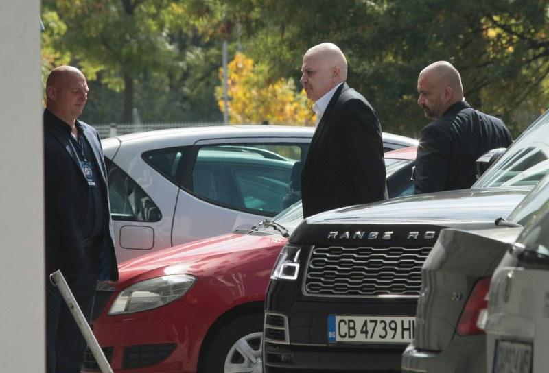 Слави Трифонов в юридически спор с проф. Огнян Герджиков