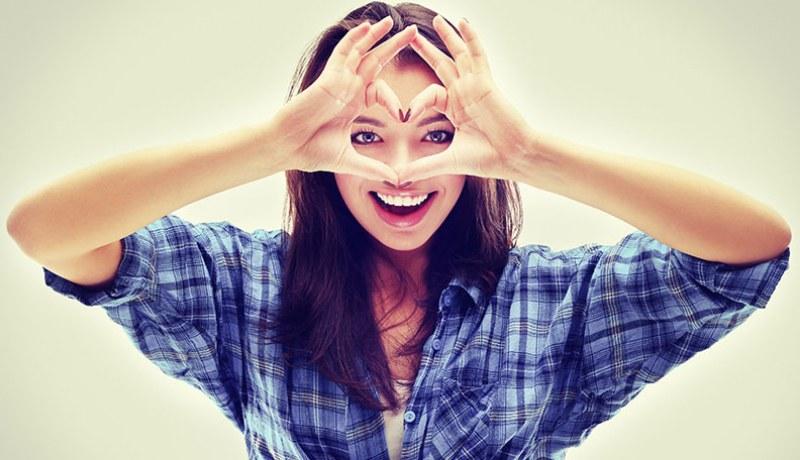 10 сигурни знака, че той ви харесва