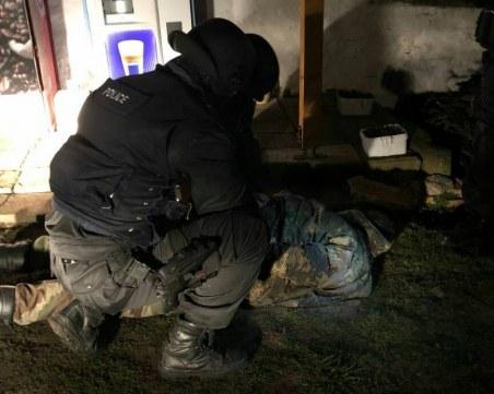 Издирват легионера от Орешник за убийство на фелдшер