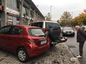 "Мъртвопиян шофьор с BMW X5 помля 6 коли в ЖР ""Тракия"", арестуваха го"