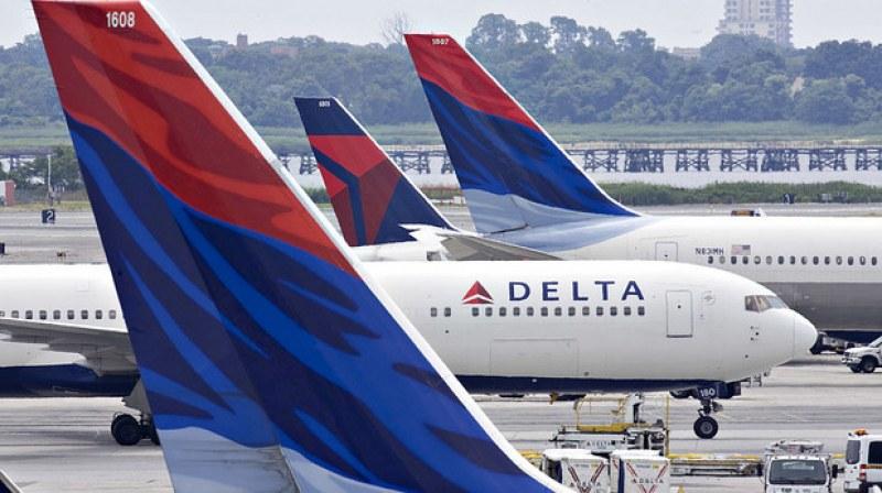 Жена успя да се качи на самолет без билет и паспорт