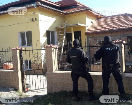 Арестите във Ветово станаха 10!