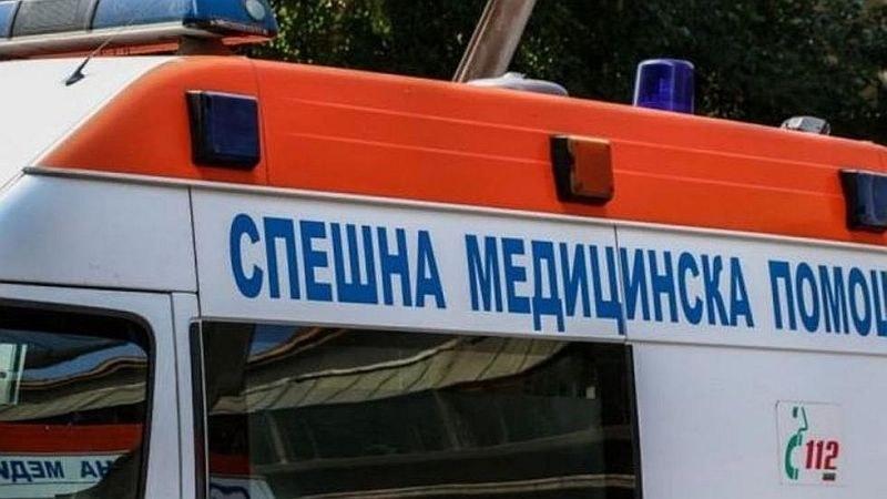 Един загинал и двама ранени при тежка катастрофа в Сливенско